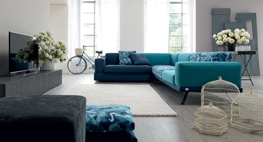 divano under